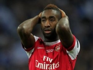 Hamburg enter Djourou race