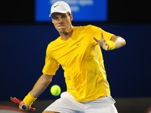 Result: Berdych squeezes past Benneteau in Toronto