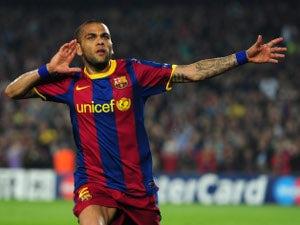 Alves wants Barcelona stay