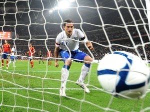 Lampard won't quit England