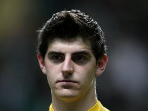 Courtois plays down Real rumours