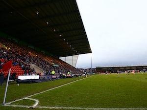 Crewe sign Molyneux