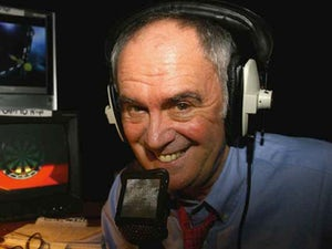 Sport pays tribute to Sid Waddell