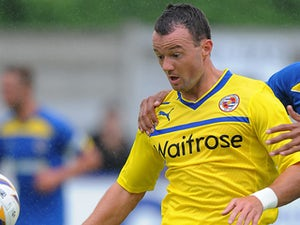 Noel Hunt completes Leeds move