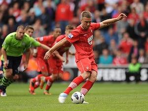Lambert backs Nigel Adkins