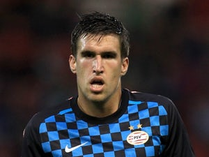 Report: Roma on verge of £17m Strootman deal
