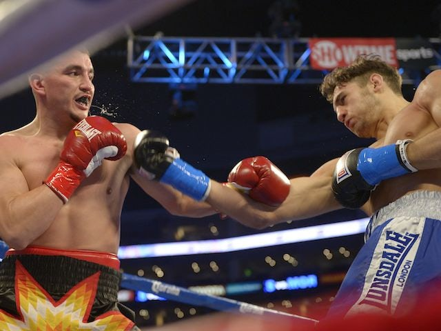 Nathan Cleverly fighting Shawn Hawk