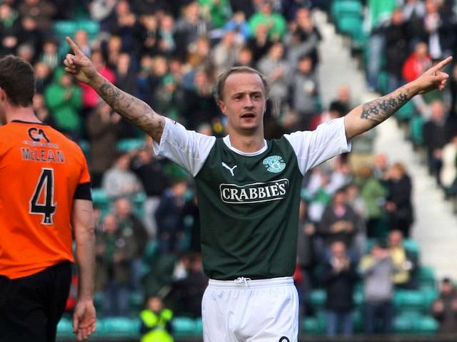 Leigh Griffiths celebrates scoring for Hibs