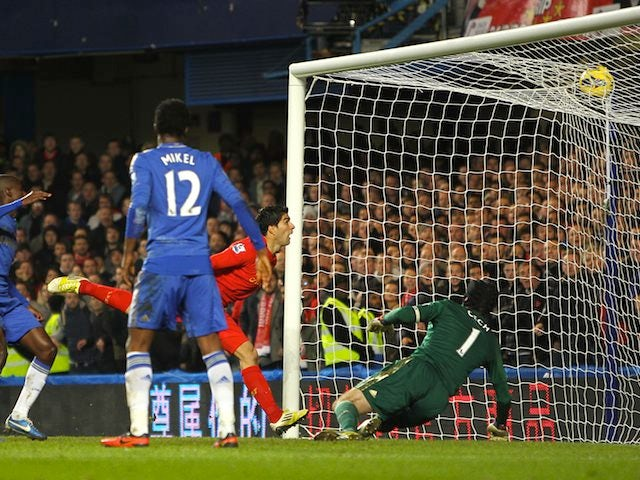 Luis Suarez grabs the equaliser for Liverpool