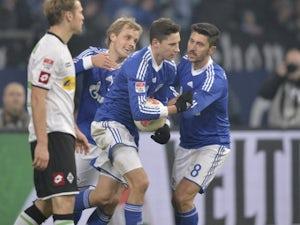 Draxler 'sticking with Schalke'