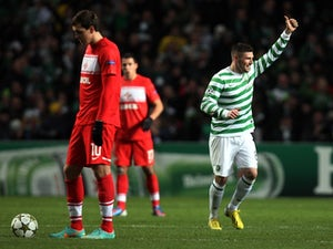 Norwich chase Hooper, Graham
