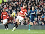 Tom Cleverley scores the second goal for Man Utd on December 15, 2012