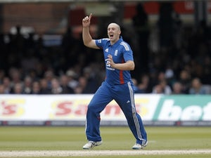 Tredwell to captain England in final T20