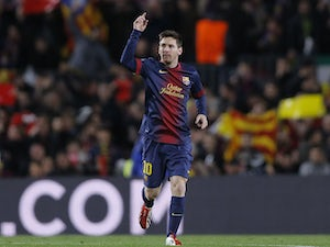 Messi challenges Neymar to perform for Barcelona