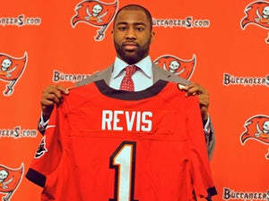 Revis: 'There's less pressure at Buccaneers'
