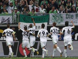 Arnold signs new Wolfsburg deal