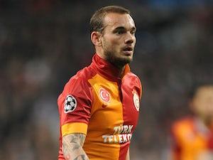 Sneijder, De Jong meet up in Ibiza