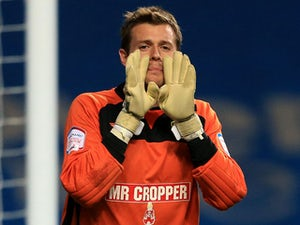 Alfreton loan Derby goalkeeper