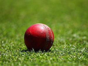 Worcestershire promoted to Division One