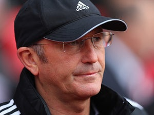 Palace hold talks with O'Neill, Pulis?