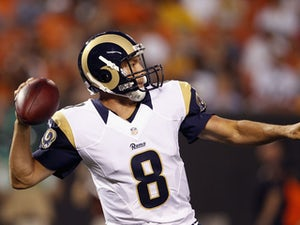 Half-Time Report: Bradford hands Rams advantage against Jaguars