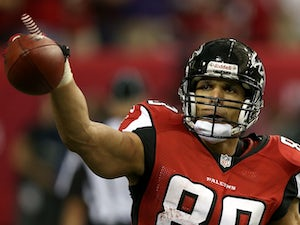 Falcons TE Tony Gonzalez celebrates a touchdown against San Francisco on January 20, 2013