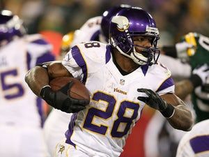 Report: Peterson will play against Panthers