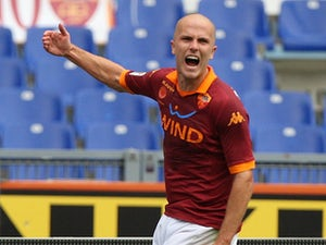Roma lose Bradley for a month