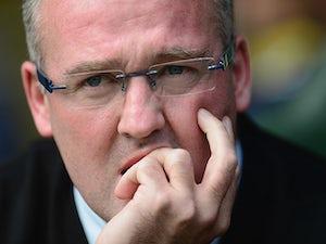 Lambert not rushing to sign new contract
