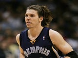Mike Miller of the Memphis Grizzlies in action against against the Dallas Mavericks on February 7, 2007
