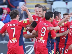 Result: Nine-man Adelaide beat Glory