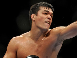 Machida makes middleweight statment in Manchester