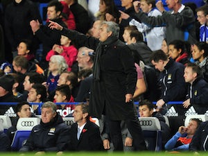 Mourinho defends actions win over City