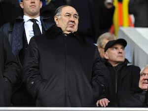 Usmanov 'makes £1bn bid to buy Arsenal'