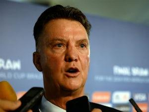 Report: United line up Van Gaal, De Boer