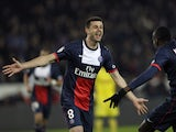 Paris Saint-Germain's Italian midfielder Thiago Motta is congratulated by Paris Saint-Germain's French midfielder Blaise Matuidi after scoring a goal during the French L1 football match Paris Saint-Germain (PSG) vs Nantes (FCNA), on January 19, 2014
