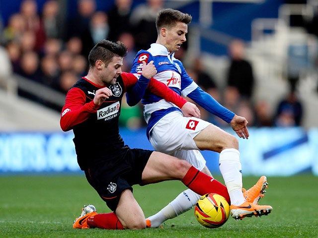 Result: Charlie Austin brace sees off Huddersfield
