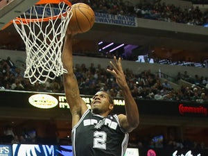NBA roundup: Spurs stay unbeaten at home