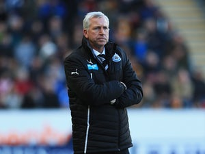 Pardew 'still has Ashley backing'