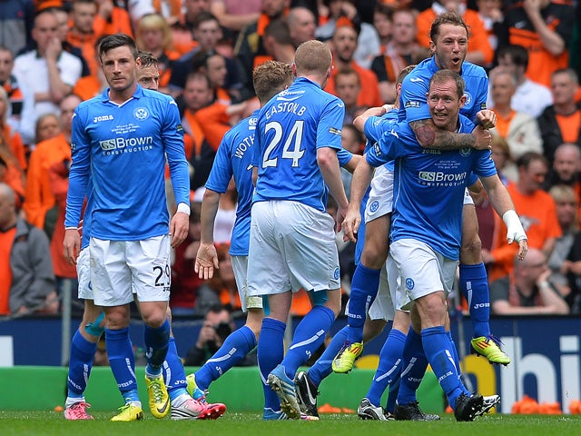 Steven Anderson of St Johnstone celebrates scoring with his team mates during The William Hill Scottish Cup Final between St Johnstone and Dundee United at Celtic Park Stadium on May 17, 2014