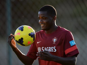 West Ham to launch Carvalho bid?