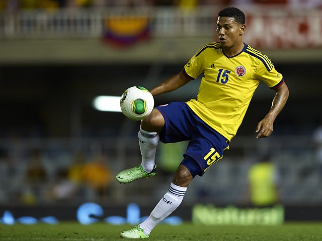 Edwin Valencia of Colombia controls the ball during the International Friendly match between Colombia and Serbia at the Mini Estadi Stadium on August 14, 2013