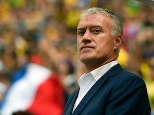 Result: Ten-man France beat England in Paris