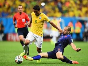Paulinho hails