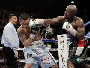 Result: Mayweather Jr outclasses Maidana in rematch