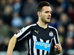 Newcastle: 'Armstrong to leave on loan'