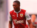 Marvin Sordell for Burnley on October 18, 2014