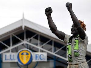 Leeds snap up Dutch striker Jay-Roy Grot