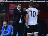 Mauricio Pochettino Manager of Tottenham Hotspur congratulates Harry Kane as he is substituted during the Barclays Premier League match between A.F.C. Bournemouth and Tottenham Hotspur at Vitality Stadium on October 25, 2015 in Bournemouth, England.