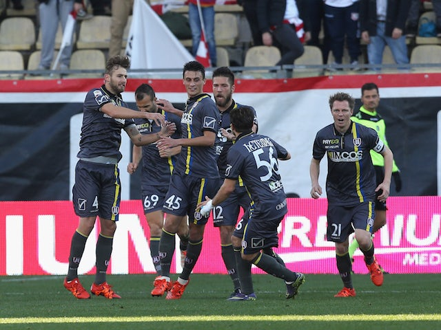 Roberto Inglese of Chievo celebrates after scoring his team's opening goal during the Serie A match between Carpi FC and AC Chievo Verona at Alberto Braglia Stadium on November 22, 2015 in Modena, Italy.